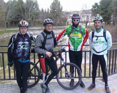 31/12/2011 - Jaulín (por 4 hombres)